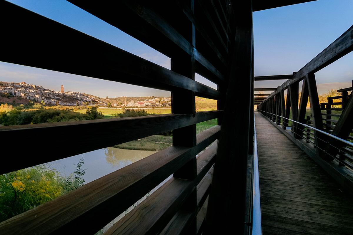 "Mirador ""Puente-pasarela de Madera"""