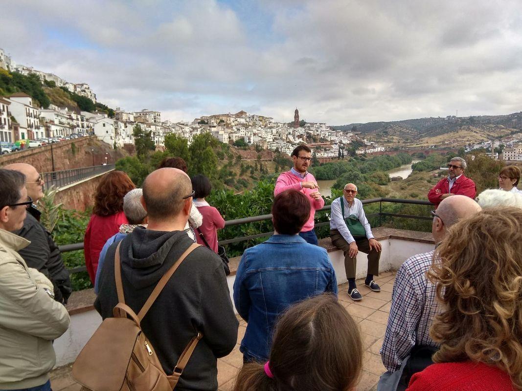 Enrutados. Guías de Turismo y Gestión Cultural